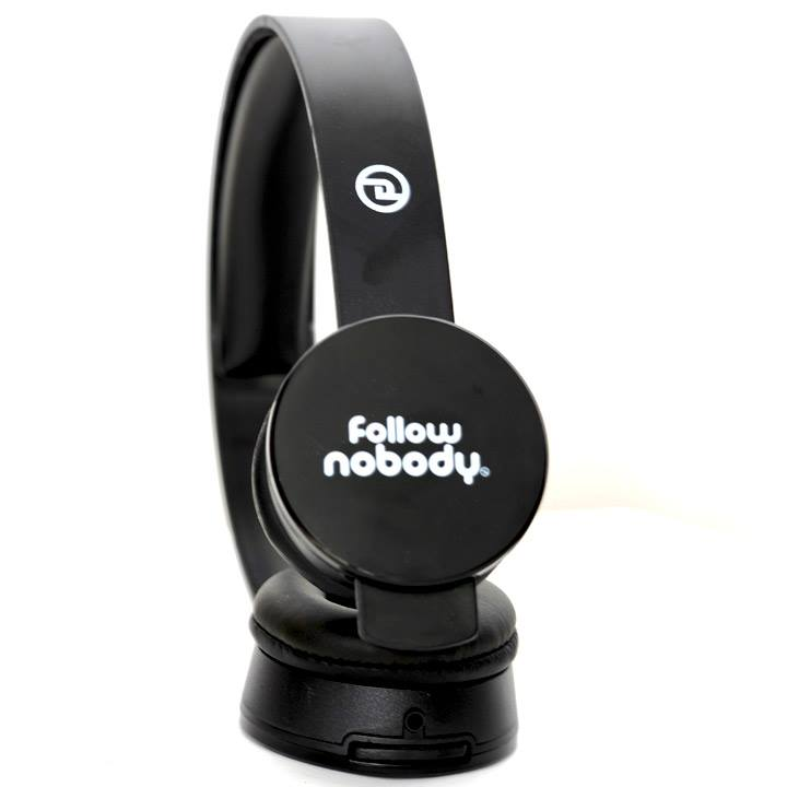 FOLLOW NOBODY HEADPHONES